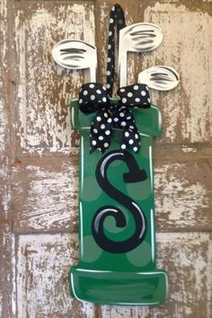 Monogrammed Wreath/ Hand Painted/ Golf by SouthernStyleGifts! #golf #lorisgolfshoppe