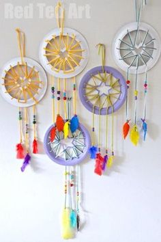 Paper Plate Crafts for Kids Make super cute Dream Catchers with Heart & Star details #Paperplates #dreamcatchers