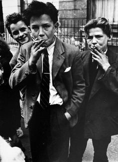 zzzze:  Roger Mayne, Portland Road, North Kensington, 1956