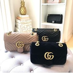 Stylish Handbags, Prada Handbags, Handbags Michael Kors, Louis Vuitton Handbags, Purses And Handbags, Leather Handbags, Vuitton Bag, Replica Handbags, Ladies Handbags