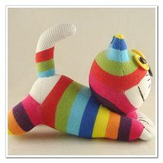 Peluche gato de calcetines