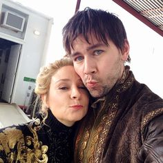 Chase Powers (Torrance Coombs) Lily Borden (Megan Follows).