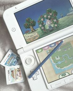 Image uploaded by ʚ パステル ひめ ɞ. Find images and videos about game, gaming and animal crossing on We Heart It - the app to get lost in what you love. Nintendo 3ds, Kawaii Games, Got Anime, Nintendo Switch Accessories, Pokemon, Otaku Room, Cute Games, Gamer Room, Girly