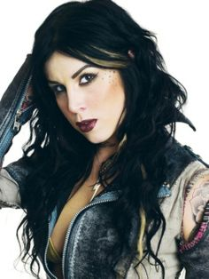 Kat Von D, tattoo artist extraordinaire, is not exempt from crazy people. A fixated fan, which goes by the name of Michael Nunn, has been obsessed with the tat Kat Von D Makeup, Jeffree Star, Kat Van D, Kat Von D Tattoos, Celebs, Celebrities, Pretty Hairstyles, My Idol, Tattoo Artists