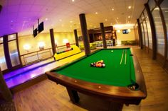pool table & bowling/bilard i kręgle