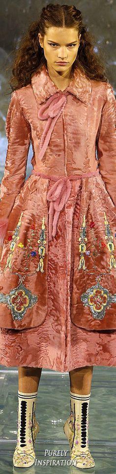 #Farbbberatung #Stilberatung #Farbenreich mit www.farben-reich.com Fendi Fall 2016 Haute Couture | Purely Inspiration