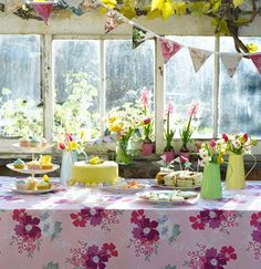 Great Easter table styling for a Good Friday