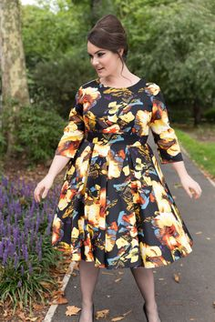 Plus Clothing, Fashion Company, Big And Beautiful, Plus Size Fashion, Curvy, Street Style, Street Fashion, Skirts, 1950s