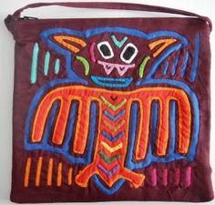 Bat Mola Shoulder Bags