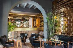 Hotel 'G-Rough', em Roma, considerado um verdadeiro lugar romano pelos locais, agrada gregos e troianos. O mobiliário vintage está por todo o hotel, um edifício de cinco pisos e dez suítes. O hotel é lindo e muito estiloso. Azulejos espelhados a