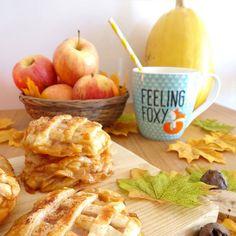 NEW POST ON BLOG! Learn how to bake this delicious Apple Pie Cookies!  NOVO POST NO BLOG! Aprende a fazer estas deliciosas Bolachinhas de tarte de maçã!  #artimesophia #baking #bakingday #cinnamon #apples #sugar #artimesophiabakes #bakery #bake #pie #autumnpie #pies #cozinha #cozinhar #tartesdemaca #tartedemaca #canela #maca #newpost #bloggerpt #bloggers #recipe #receita #fall