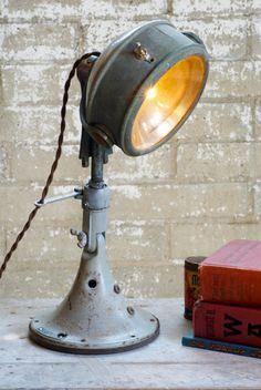 Owl Spot Light Lamp by Californiarediscover on Etsy Industrial Lighting, Vintage Lighting, Cool Lighting, Lighting Design, Lampe Steampunk, Antique Light Bulbs, Lampe Spot, Recessed Spotlights, Spotlight Lamp