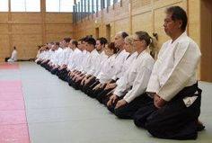 Aikidolehrgang im Budokan Wels / Oberösterreich, Mai 2014: Mediation vor dem Aikidotraining in einem tradionellen AIkidodojo