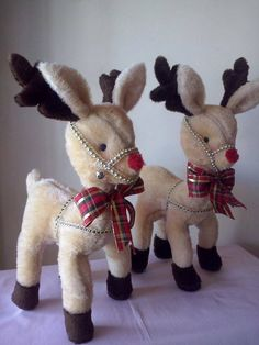 rendier / renos - 1 of Christmas Moose, Christmas Sewing, Pink Christmas, Christmas Projects, Christmas Humor, Christmas Stockings, Christmas Holidays, Christmas Decorations, Christmas Ornaments