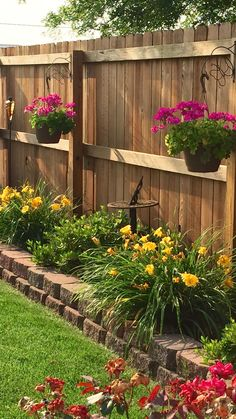 Garden Yard Ideas, Backyard Patio Designs, Lawn And Garden, Backyard Ideas, Patio Ideas, Diy Patio, Cozy Backyard, Budget Patio, Porch Ideas