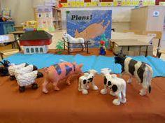 Afbeeldingsresultaat voor verteltafel goed gedaan kippiekip Reading Room, Summertime, Dinosaur Stuffed Animal, Stage, Warm, School, Animals, Animales, Animaux