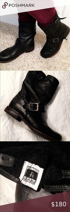 SHORT TAN UGG BOOTS Good condition, worn a handful Depop