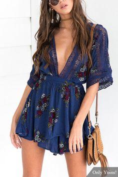 Deep V-neck Random Floral Print Playsuit in Navy Skirt Fashion, Boho Fashion, Fashion Outfits, Womens Fashion, Summer Outfits, Cute Outfits, Summer Dresses, Look Boho Chic, Estilo Hippie
