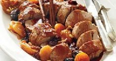 Pork tenderloin with plums and apricots Recipes .- Pork tenderloin with plums and apricots Recipes – Sintayes. Pork Recipes, Cooking Recipes, Apricot Recipes, Vegan Dinner Recipes, Christmas Cooking, Appetisers, Other Recipes, Pot Roast, Food And Drink