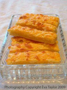 Hungarian Cheese Sticks (Sajtos rúd)- élesztôs