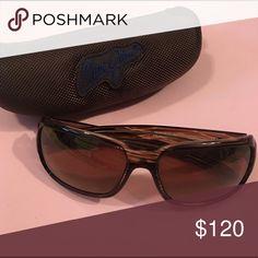 Maui Jim sunglasses and case Maui Jim Hamoa Beach. Non polarized. No scratches. Great condition. Unisex. Maui Jim Accessories Sunglasses