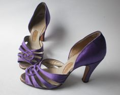 Original 50s heels made of leather and purple satin. So sweet! Nice strappy design at front.      size: approximately UK 2.5, US 4.5, EU 35. Please go