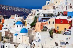 Oia, Santorini, Řecko Taj Mahal, Oia Santorini, Mansions, House Styles, Building, Travel, Viajes, Manor Houses, Villas
