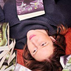 💖Autorenvorstellung💖  Heute haben wir ein ganz tolles Interview für euch. 😁  🎀Die Autorin Sylvia Rieß ist auf die Quasselwolke gestiegen und hat sich unseren Fragen gestellt.🎀  Wir haben uns sehr darüber gefreut und möchten euch daran teilhaben lassen.  #Interview #Autorenvorstellung #SylviaRieß  http://buechertraum.com/autorenvorstellung-sylvia-riess/  Euer Büchertraumteam