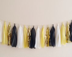 Yellow Black and Gold Tassel Garland- Black and Yellow Decor Party Decor Banner Birthday Decoration Wedding Decor New Years Decor Roaring 20s Party, Gatsby Themed Party, Great Gatsby Party, Gatsby Wedding, 1920s Party, Photo Booth Anniversaire, Birthday Decorations, Wedding Decorations, Masquerade Decorations