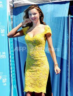 米ニューヨークで開催された女性用カミソリ「ジレット ヴィーナス(Gillette Venus)」のキャンペーンのキックオフイベントに登場したモデルのミランダ・カー(Miranda Kerr、2013年6月4日撮影)。(c)PRPhotos.com/Janet Mayer ▼11Jun2013AFP|ミランダ・カー、適度な日光浴で健康的な肌つやをキープ http://www.afpbb.com/articles/-/2948829 #Miranda_Kerr