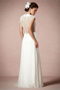 BHLDN Ortensia Gown Wedding Dress. BHLDN Ortensia Gown Wedding Dress on Tradesy Weddings (formerly Recycled Bride), the world's largest wedding marketplace. Price $1117.00...Could You Get it For Less? Click Now to Find Out!