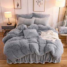 Softy Light Gray Bed Set Tapestry Girls Softy Bed Sets are the type of decor that any cozy room should be equipped with! Cute Bedroom Ideas, Room Ideas Bedroom, Comfy Room Ideas, Bedroom Ideas For Small Rooms Cozy, Diy Bedroom, Bedroom Sets, Dream Rooms, Dream Bedroom, Gray Bed Set