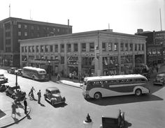 Bus depot, southeast corner of Dunsmuir & Seymour streets, 1938 Source: Photo by Leonard Frank, Vancouver Public Library Suspension Bridge Vancouver, Seymour, Fraser Valley, Photographic Studio, Most Beautiful Cities, Local History, Commercial Vehicle, Boat Plans, Vancouver Island