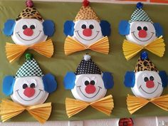 Clown – Gemalde und Dekoration – The World Clown Crafts, Circus Crafts, Carnival Crafts, Spring Crafts For Kids, Diy Crafts For Kids, Art For Kids, Arts And Crafts, Paper Plate Crafts, Paper Plates
