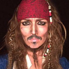 Pop Culture Makeup – Une maquilleuse se transforme en 100 personnages cultes