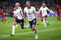 England Football Players, England Players, Soccer Photography Poses, Team Wallpaper, White Hart Lane, England National, Harry Kane, Premier League Champions, Football Girls