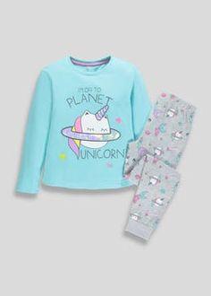 Girls Planet Unicorn Pyjama Set (4-13yrs) Stylish Toddler Girl, Toddler Boy Fashion, Kids Fashion, Girls Pajamas, Pajamas Women, Night Suit For Girl, Kids Nightwear, Girl Trends, Cute Outfits For Kids