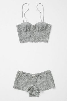 Xavia bra and pantie set from Anthropologie / lingerie Lingerie Babydoll, Pretty Lingerie, Beautiful Lingerie, Bra Lingerie, Lingerie Sleepwear, Nightwear, Lingerie Vintage, Culottes, Designer Lingerie