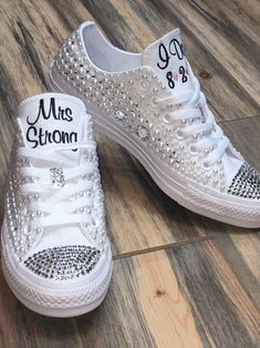 by groomSource by groom Add sparkle to your converse using silver Swarovski crystals! Pearl Converse Wedding Converse Bling Converse Diamonds and Wedding Tennis Shoes, Converse Wedding Shoes, Bling Converse, Wedding Sneakers, Bling Shoes, Converse Shoes, On Shoes, Converse Low, Pearl Shoes