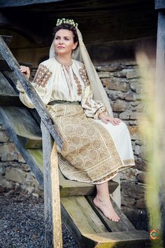 Sari, Costume, Outfits, Fashion, Folklore, Saree, Moda, Suits, Fashion Styles