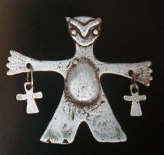 Aprendiendo Vida: Platería Mapuche Tribal Necklace, Tribal Jewelry, Naive Art, Treasure Boxes, Metal Beads, Pendants, Symbols, Antiques, Silver