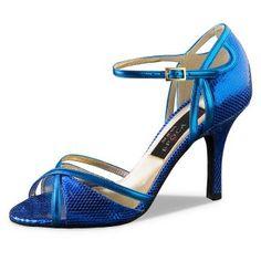Angeles tango, ballroom and salsa dance shoe for women by Nueva Epoca. Ella Shoes, Danse Salsa, Medium Heel Shoes, Frauen In High Heels, Latin Dance Shoes, Dancing Shoes, Tango Shoes, Ballroom Dance Shoes, High Heels
