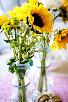 Summertime decor! #july4th #party #flowers #summer