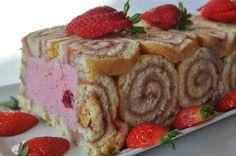 Charlotte Russe Pastry   Roulé aux fruits rouges en charlotte - Blog cuisine avec du chocolat ...
