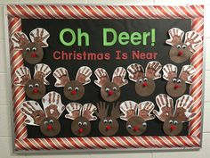 Kindergarten Crafts, Preschool Crafts, Crafts For Kids, Arts And Crafts, Reindeer Bulletin Boards, Preschool Bulletin Boards, Christmas Projects, Christmas Themes, Holiday Decor