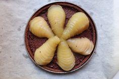 Tarte Bourdaloue poire chocolat - Recette Olivia Pâtisse Cacao, Garlic, Pudding, Eggs, Vegetables, Breakfast, Desserts, Food, Sewing