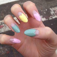 Pastel heart nails!