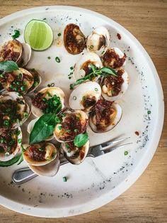 Kerang Bakar: Aromatic honey glaze, chives, kemangi Open Air Restaurant, Main Dishes, Side Dishes, Grilled Octopus, Sustainable Seafood, Honey Glaze, Wood Fired Oven, Aromatic Herbs, Spiced Rum