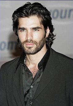 Eduardo Verastegui, Mexican actor b. Hairy Men, Bearded Men, Medium Hair Styles, Long Hair Styles, Latin Men, Hair And Beard Styles, Male Beauty, Cute Guys, Gorgeous Men