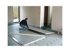 Pour l'isolation des sols dans les parties inférieures, optez de préférence pour des plaques d'isolation dures et ignifugées.
